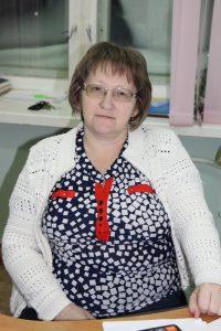 Петрова Светлана Владимировна - секретарь, завхоз